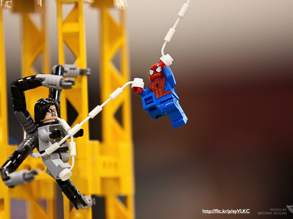 A LEGO Spiderman fighting Doctor Octopus